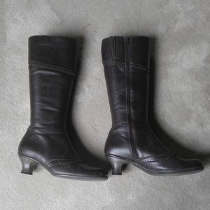 Brown Leather La Canadienne Knee High Boots